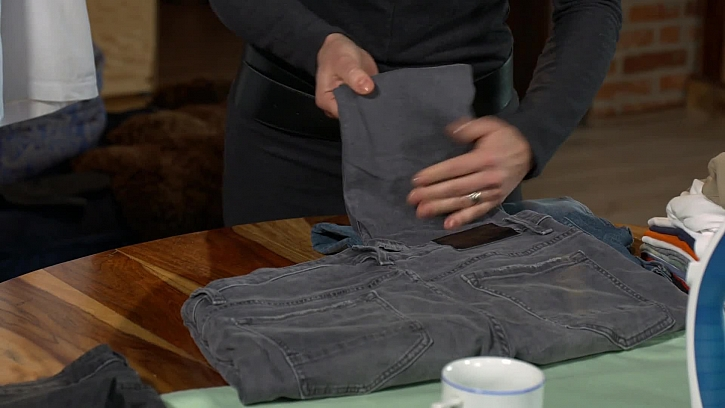 Skládání kalhot