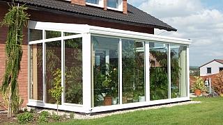 Vyšperkujte si zimní zahradu aneb 4 tipy, jak se zbavit zbytečných starostí