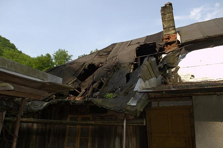 Jak to může dopadnout s dlouhodobě neudržovanou střechou...