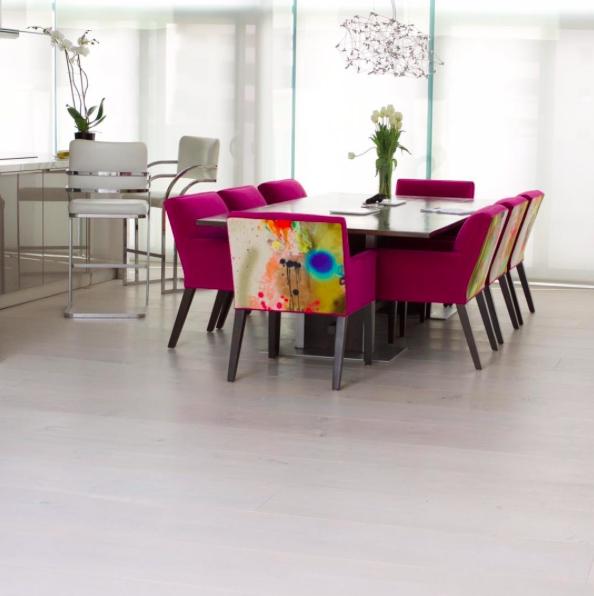 Lazura, lak nebo vosk? Čím natřít dřevěnou podlahu?