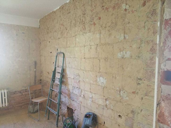 Vrhněte se při rekonstrukci na bourací práce (zdroj: Online stavební deník)