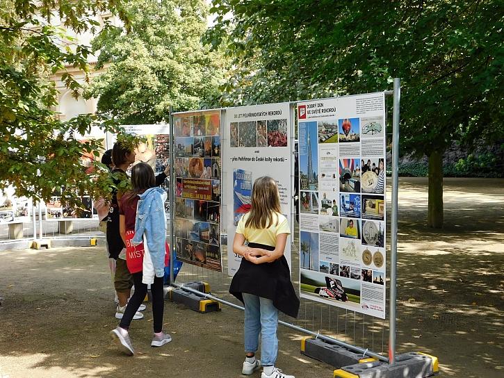 vystava ve Valdstejnske zahrade v Praze Copy