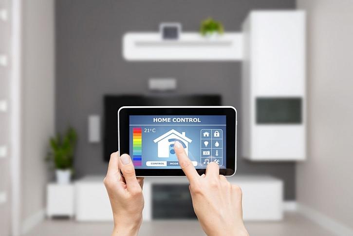 Ovládání chytré domácnosti je možné provádět i mimo domov