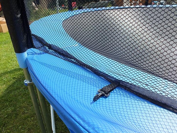 Bezpečnost na trampolíně