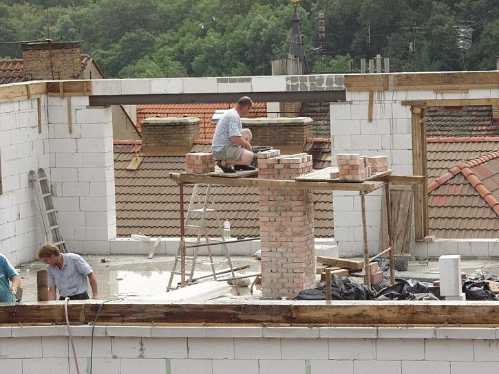 Stavba na klíč nebo svépomocí