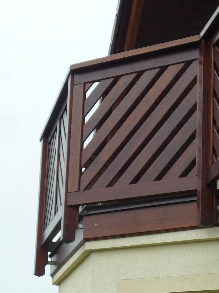 V případě potřeby lze konstrukci zakrýt ze všech stran dřevěným obkladem