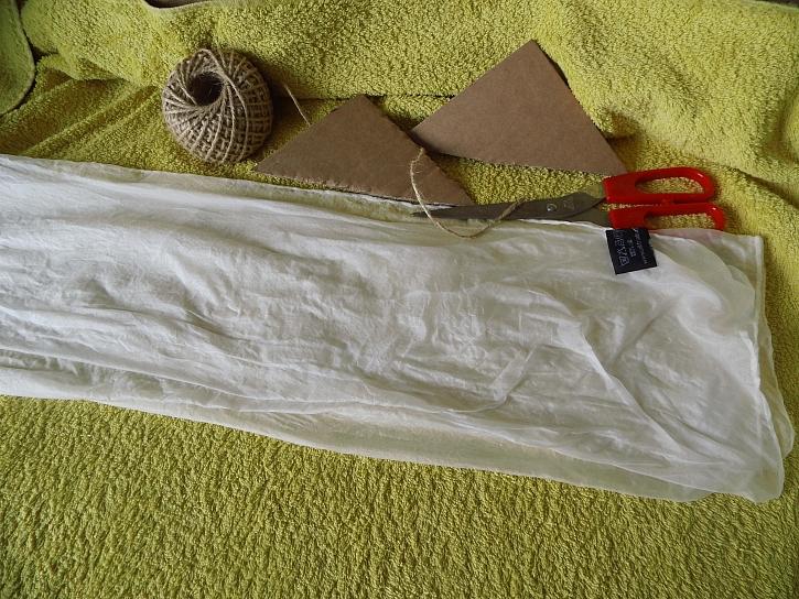 Hedvábný šátek a jeho příprava na batiku