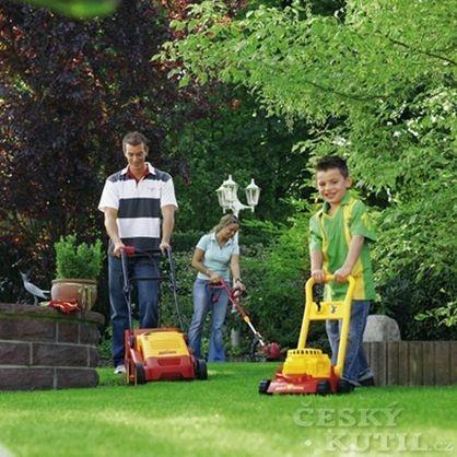 S péčí o trávník můžete začít      i v květnu