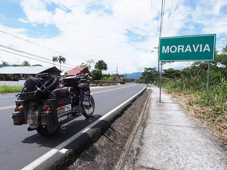 Jawa kolem světa a zámek TOKOZ