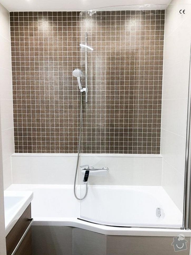Při výběru obkladů a dlažby berte ohledy na velikost koupelny