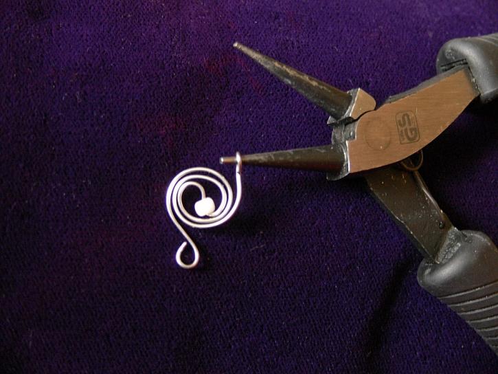 Hrátky s drátky – návod na řetízek a náušnice