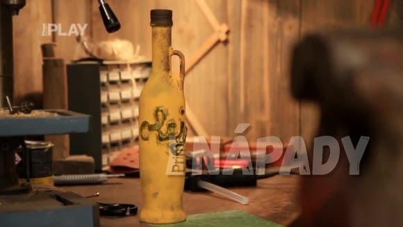 Jak proměnit staré lahve v působivé dekorace