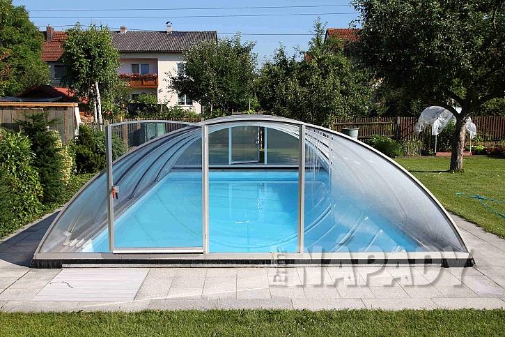 Posuvné zastřešení bazénu