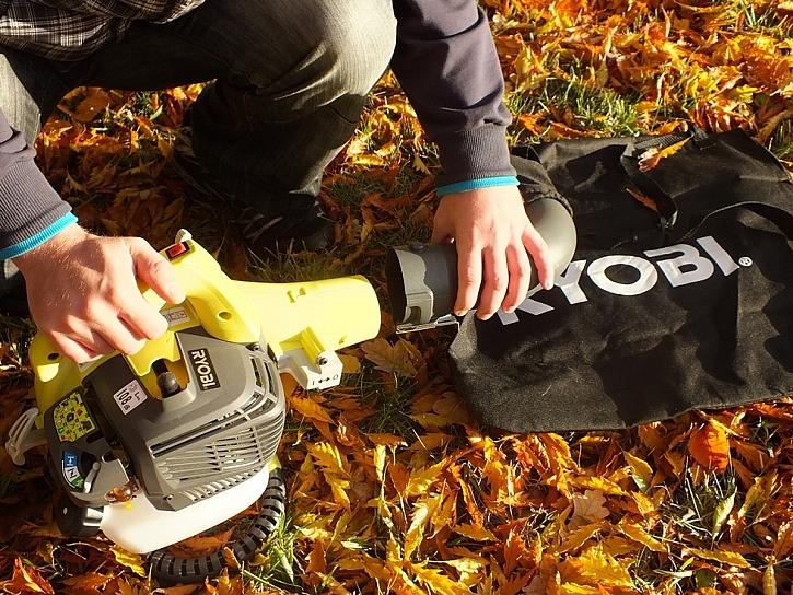 Foukač listí Ryobi fouká i vysává