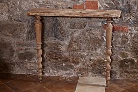Vyrobte si doma konzolový stolek