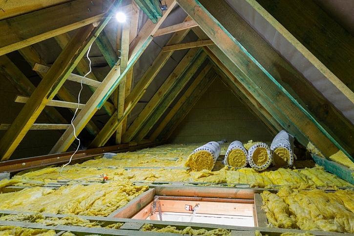 Vhodným materiálem pro zateplování stropu je minerální vata
