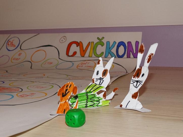 papírové hrací figurky
