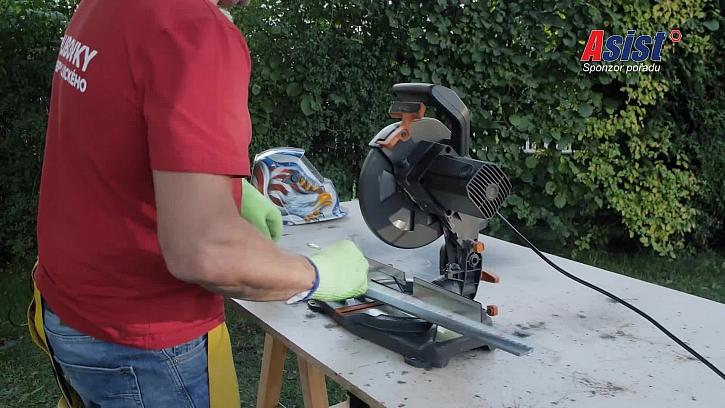 Řezání kovových lišt