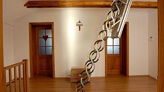 Jak namontovat schody, které nejsou vidět
