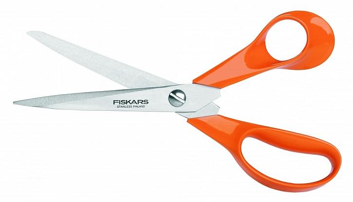 Legendární nůžky Fiskars Classic jsou určené pro všechny druhy stříhání. Uplatnění najdou doma, ve škole i v kanceláři.