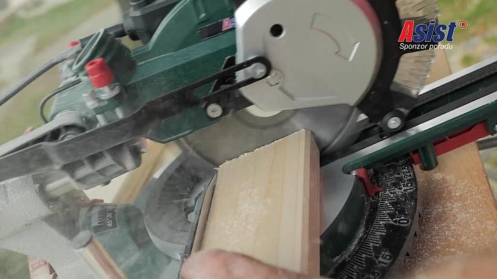 Uříznutí dřevěné lišty