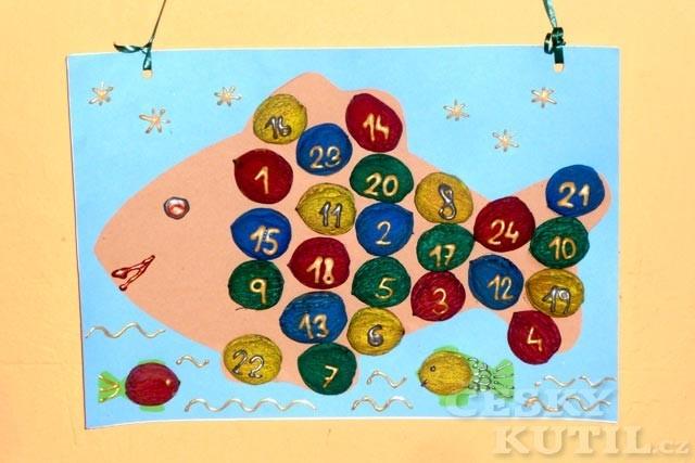 Adventní kalendář nebo počitadlo ze skořápek