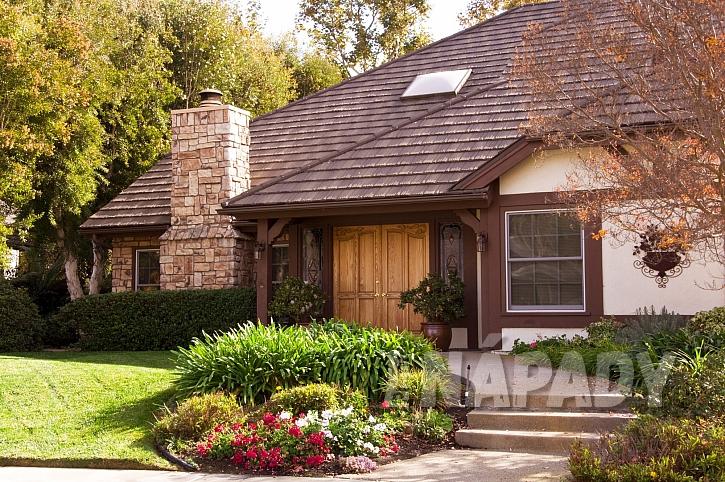 Barva střechy doplní celkový vzhled domu (Zdroj: Depositphotos.com)