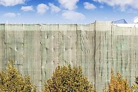 Zástěna na plot vám zajistí dostatek soukromí