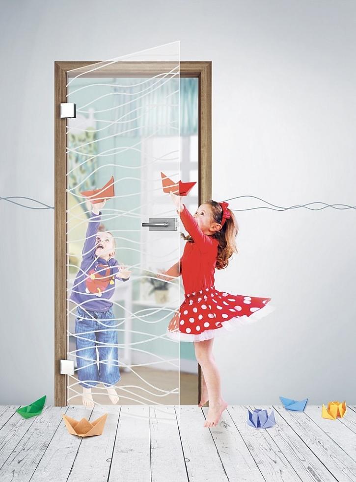 Celoskleněné dveře do dětského pokoje