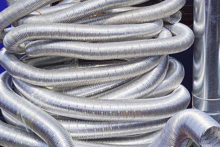 Hliníkové flexibilní trubice jsou vhodné pro rozvádění teplého vzduchu
