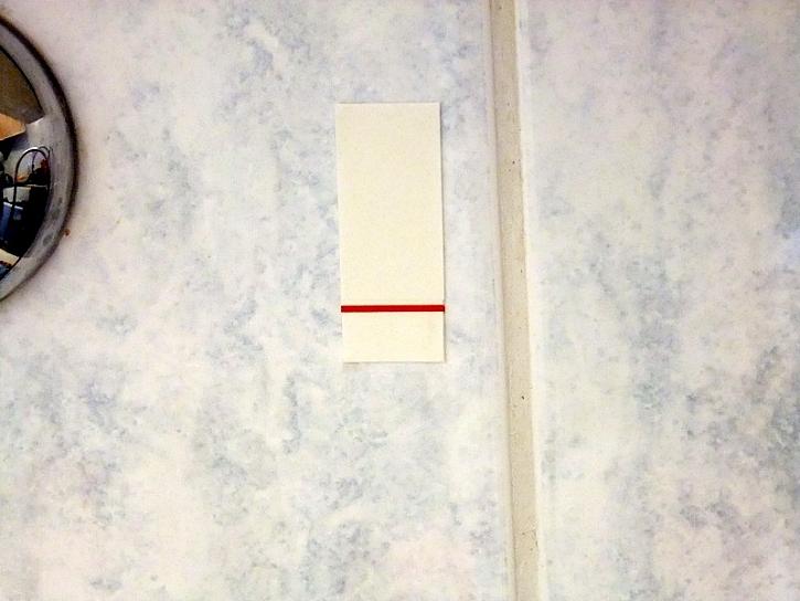 Háčky do koupelny padat nebudou