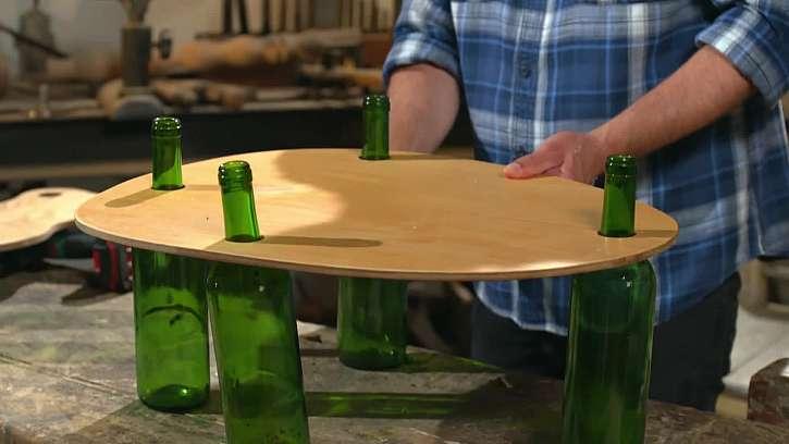 Kompletace designového stolečku.