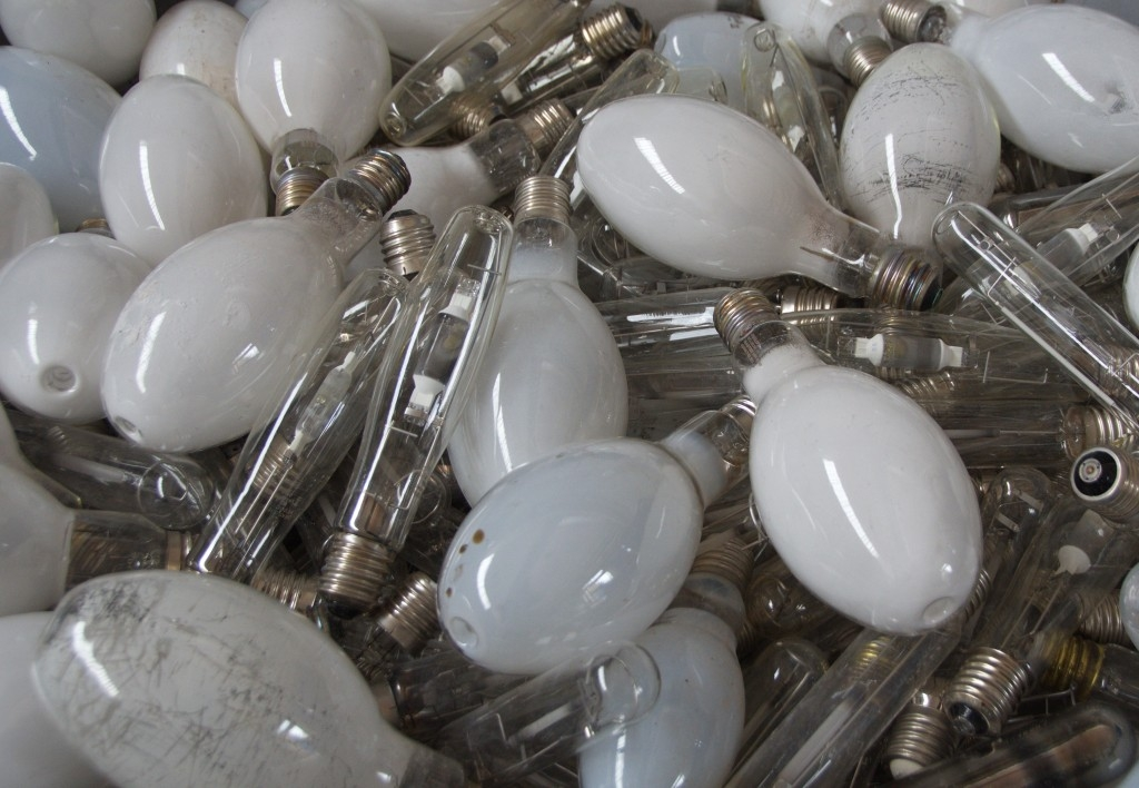Neplaťte zbytečně za vysloužilé zářivky!