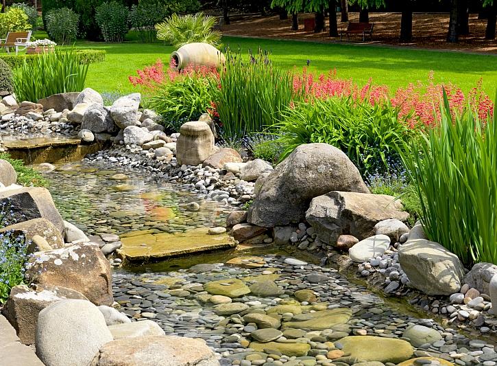 Kameny ve vodě