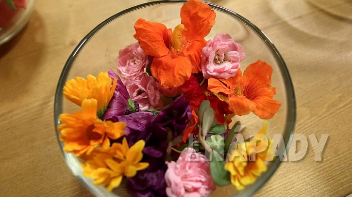 Kandované květiny: jedlé květy ze zahrady