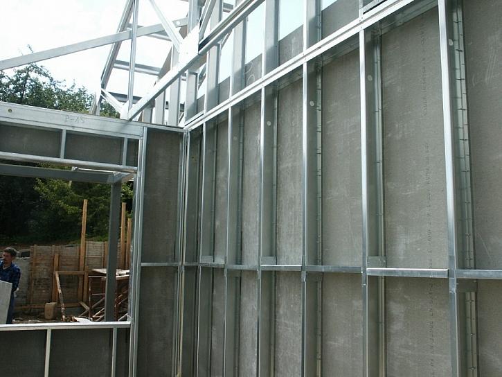 Stěny z cementotřísky CETRIS