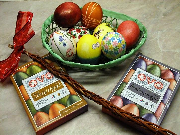 Chystáte se na Velikonoce? Máme pro vás pár triků jak správně uvařit vajíčka a několik tipů na jejich originální zdobení!