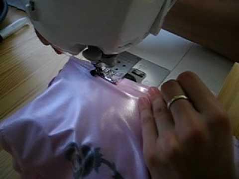Našívání gumičky na látkovou plenku