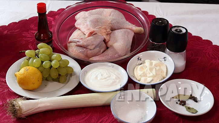 Co je na přípravu kuřecího salátu potřeba