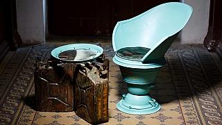 Jak vdechnout starým věcem nový život: Pohodlné posezení z kanystrů a vany
