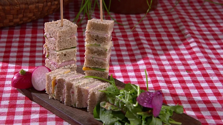 Recept na vychytané jednohubky z obyčejného chleba
