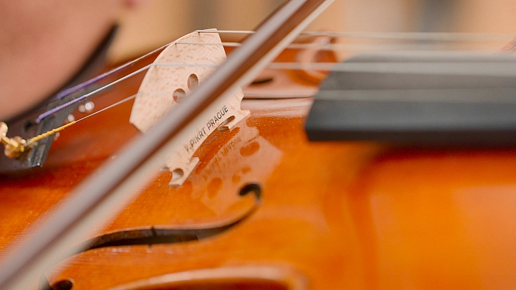 Řemeslo nenahradíš - výroba houslí