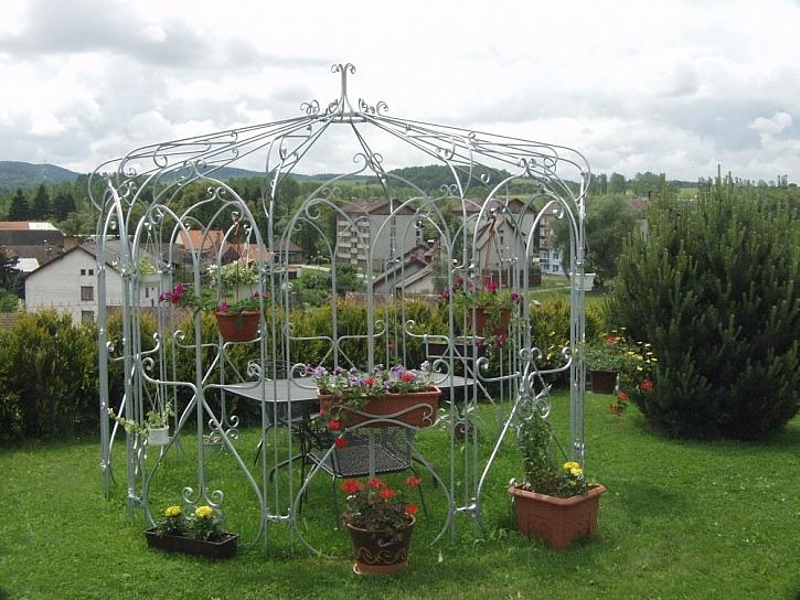 Zahradní nábytek - co byste potřebovali vědět?