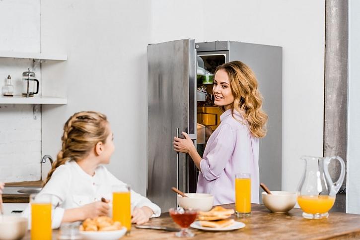 Lednici zbytečně nevětrejte, i to představuje neefektivní plýtvání energií