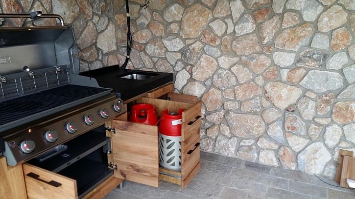 Na co nezapomenout při pořizování venkovní kuchyně