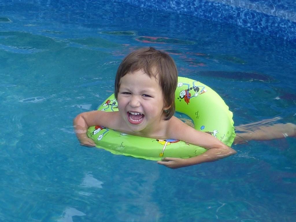 Máte na zahradě bazén? Nebo jej plánujete?