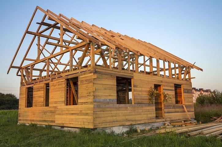 I dřevěná konstrukce je považována za hrubou stavbu