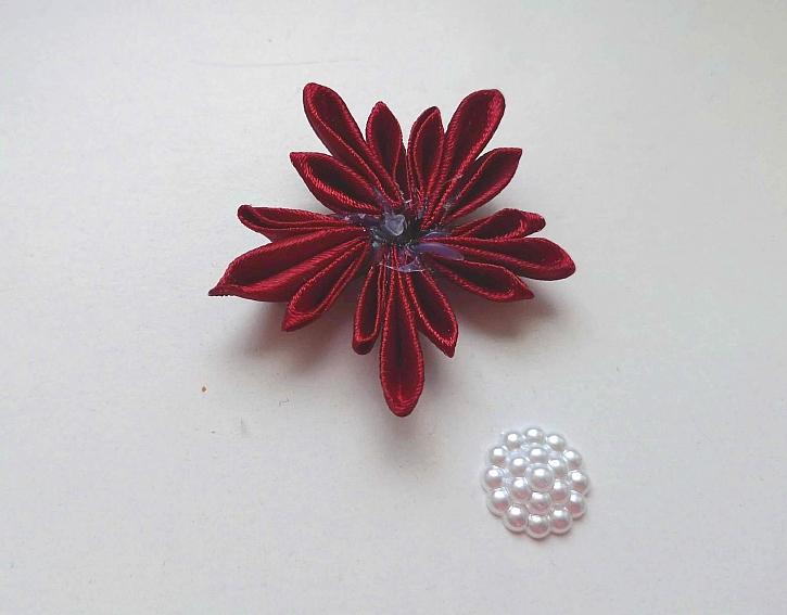 Slepená květina