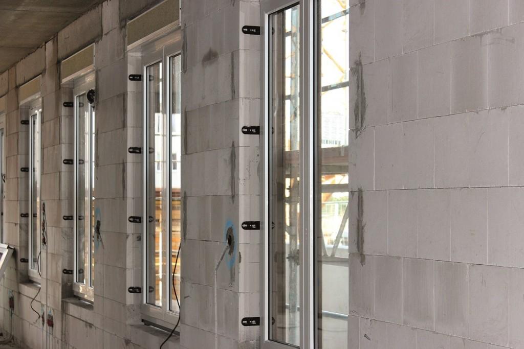 Bezpečná montáž předsazených oken