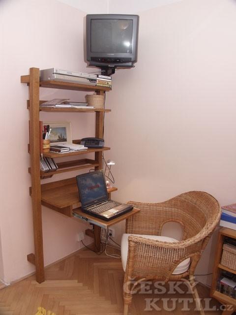 Základ pro vybavení domácí pracovny i studentského pokoje